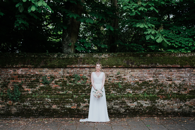 Romantic and simple styling for a traditional English wedding in Kent. Image by Michelle Cordner Photography (30)