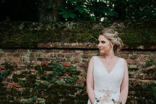 Romantic and simple styling for a traditional English wedding in Kent. Image by Michelle Cordner Photography (32)