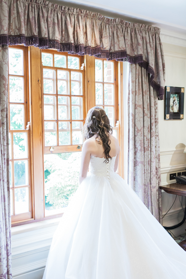 a beautiful fairytale wedding at Lainston with Amanda Karen Photography (6)