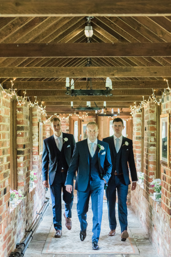a beautiful fairytale wedding at Lainston with Amanda Karen Photography (12)