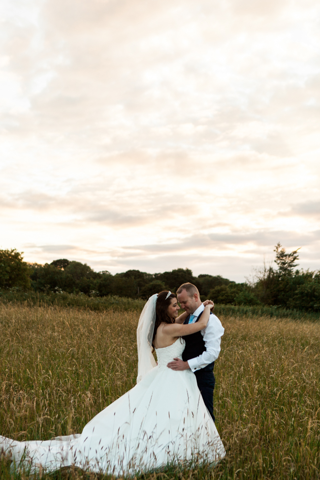 a beautiful fairytale wedding at Lainston with Amanda Karen Photography (39)