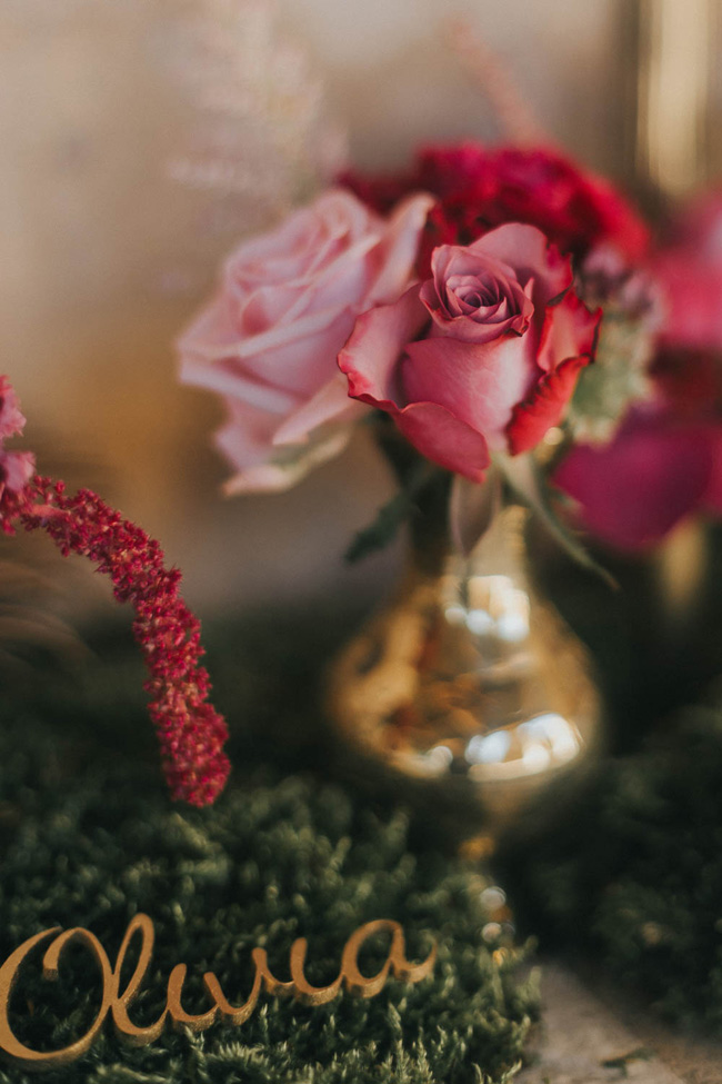 Bold florals, textures and accents from nature - autumn wedding styling ideas with Oobaloos Photography (8)