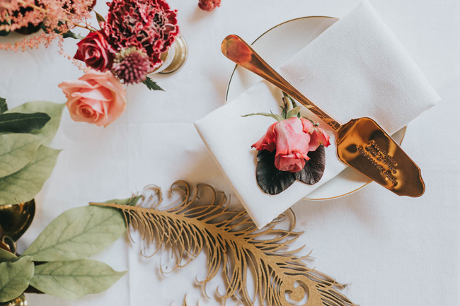 Bold florals, textures and accents from nature - autumn wedding styling ideas with Oobaloos Photography (4)