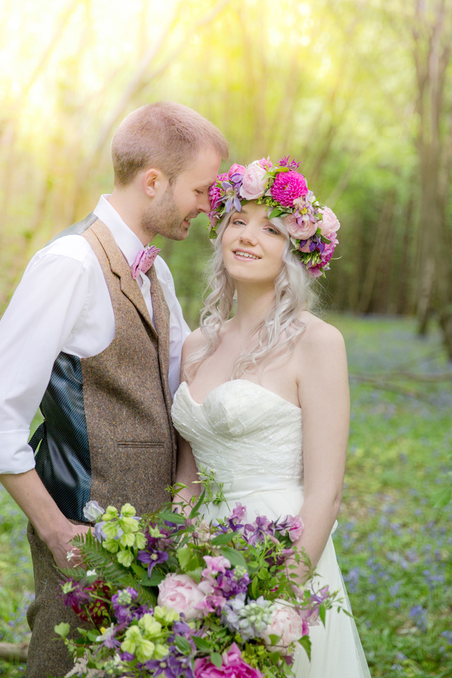 Woodland wedding inspo in Kent with Blue Daisies Florist and Your Beautiful Day. Image credit Helen England Photography (27)