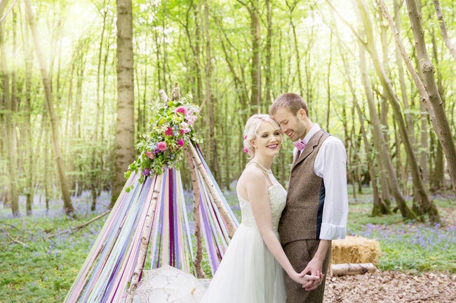 Woodland wedding inspo in Kent with Blue Daisies Florist and Your Beautiful Day. Image credit Helen England Photography (16)