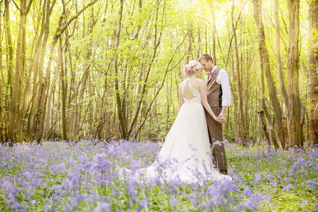 Woodland wedding inspo in Kent with Blue Daisies Florist and Your Beautiful Day. Image credit Helen England Photography (12)