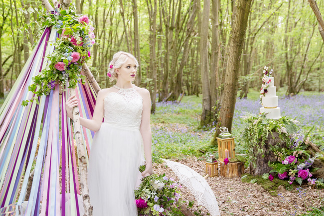 Woodland wedding inspo in Kent with Blue Daisies Florist and Your Beautiful Day. Image credit Helen England Photography (2)