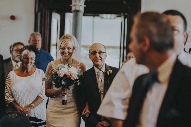 A pretty DIY Christian wedding in Yorkshire with Anna Wood Photography (16)