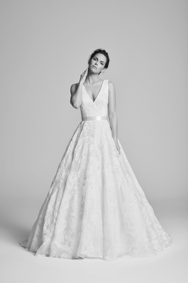 Belle Epoque bridal collection by British designer Suzanne Neville on the English Wedding Blog (19)