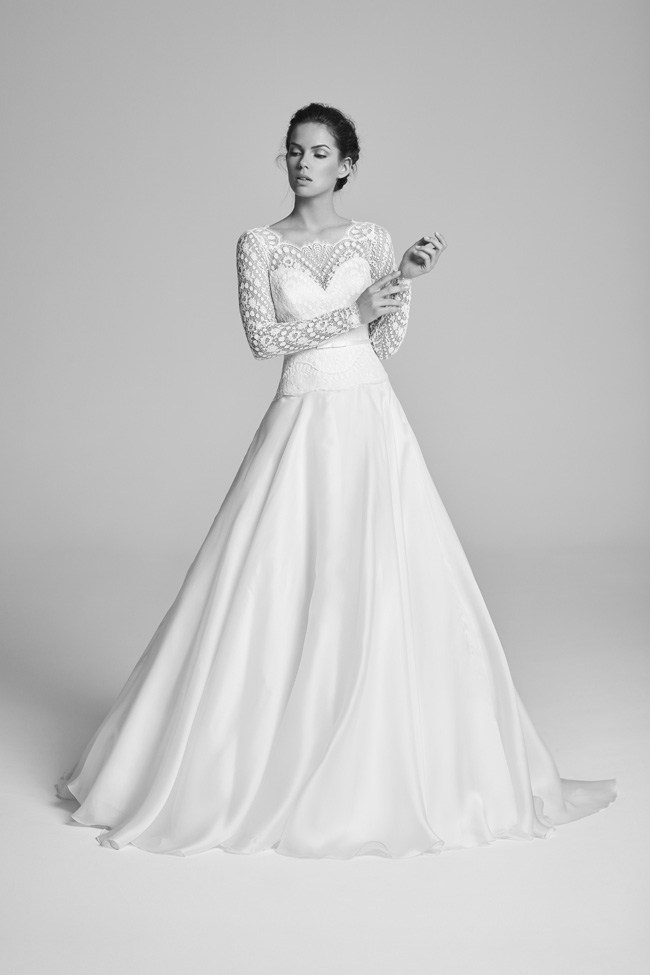 Belle Epoque bridal collection by British designer Suzanne Neville on the English Wedding Blog (24)