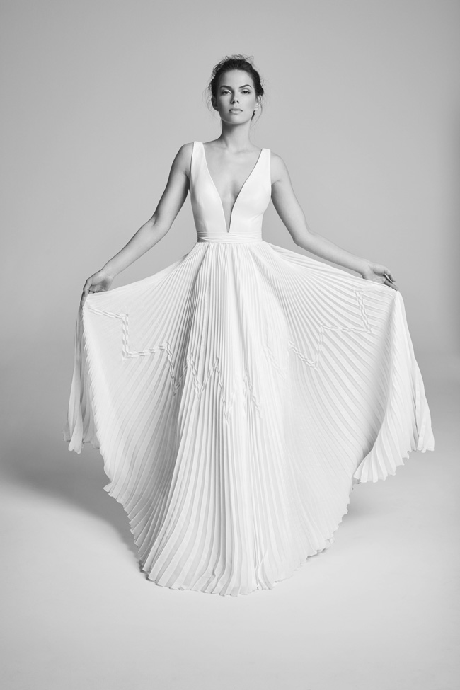 Belle Epoque bridal collection by British designer Suzanne Neville on the English Wedding Blog (9)