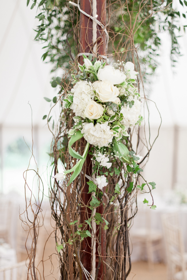 White florals and green foliage for a fine art wedding in Leicestershire. Image by Helen Warner Photography (33)