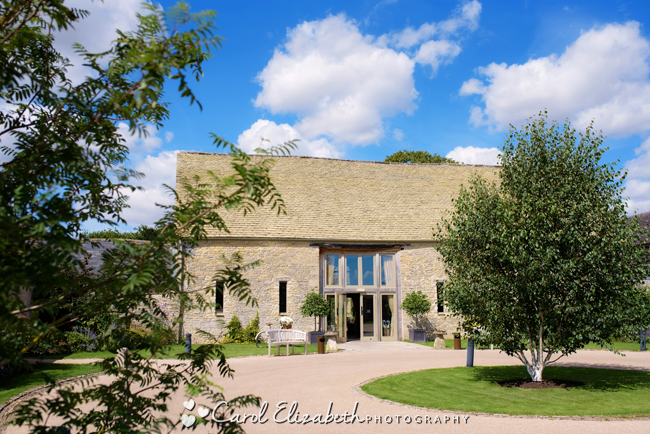 Wedding photographers for Caswell House in Oxfordshire: Carol Elizabeth Photography (1)