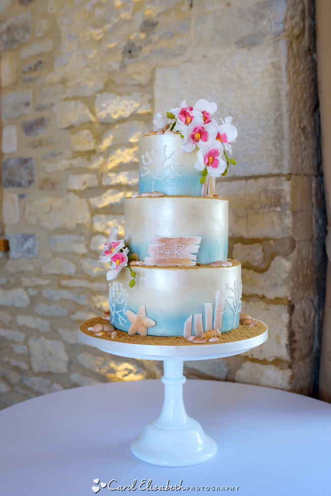 Wedding photographers for Caswell House in Oxfordshire: Carol Elizabeth Photography (4)
