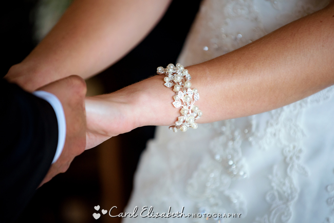 Wedding photographers for Caswell House in Oxfordshire: Carol Elizabeth Photography (15)