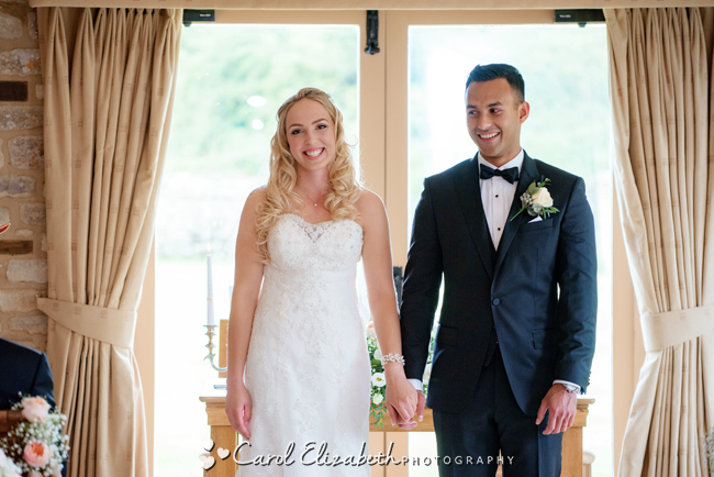 Wedding photographers for Caswell House in Oxfordshire: Carol Elizabeth Photography (16)
