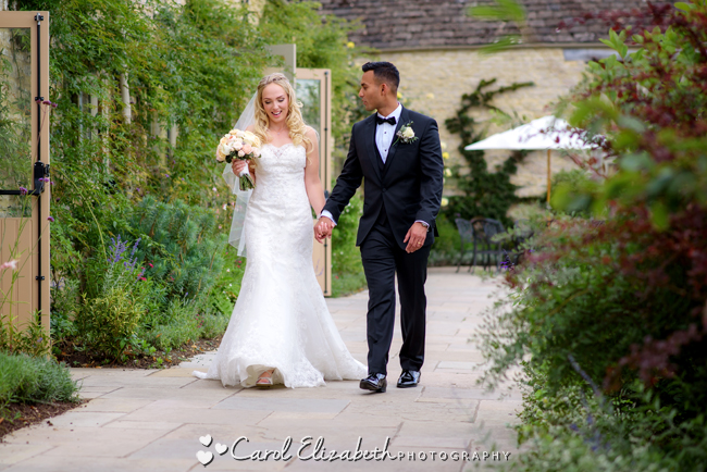 Wedding photographers for Caswell House in Oxfordshire: Carol Elizabeth Photography (18)