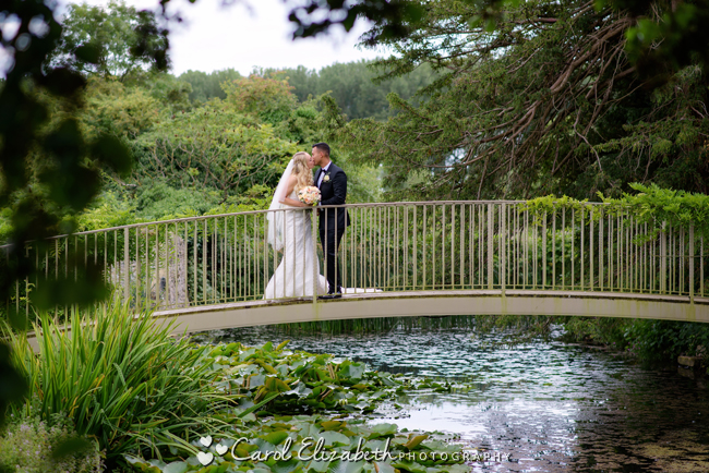 Wedding photographers for Caswell House in Oxfordshire: Carol Elizabeth Photography (24)
