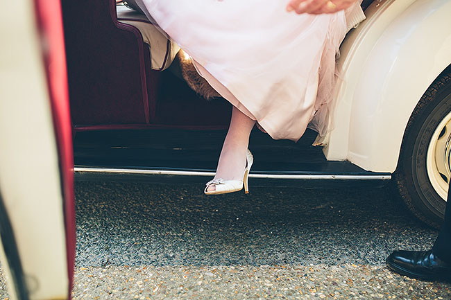 Crafty wedding styling and a beautiful blush pink dress at Chequers Inn, with The Crawleys (9)