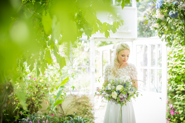 English summer wedding inspo, photo credit Evoke Pictures Bristol (29)