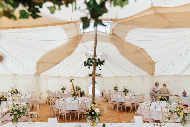 English summer marquee wedding ideas, image credit Che Birch Hayes (22)