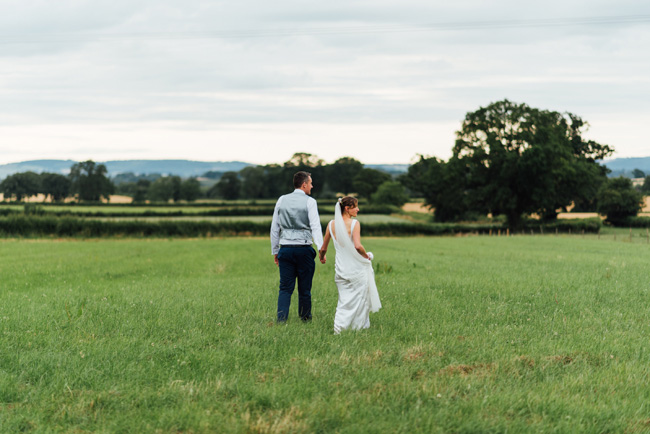 English summer marquee wedding ideas, image credit Che Birch Hayes (26)