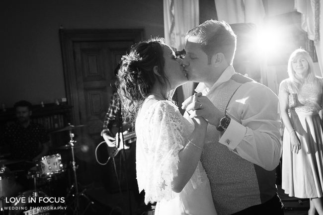 A foodie wedding with pretty, feminine styling at Orchardleigh House. Image credit Love In Focus, Bristol (3)