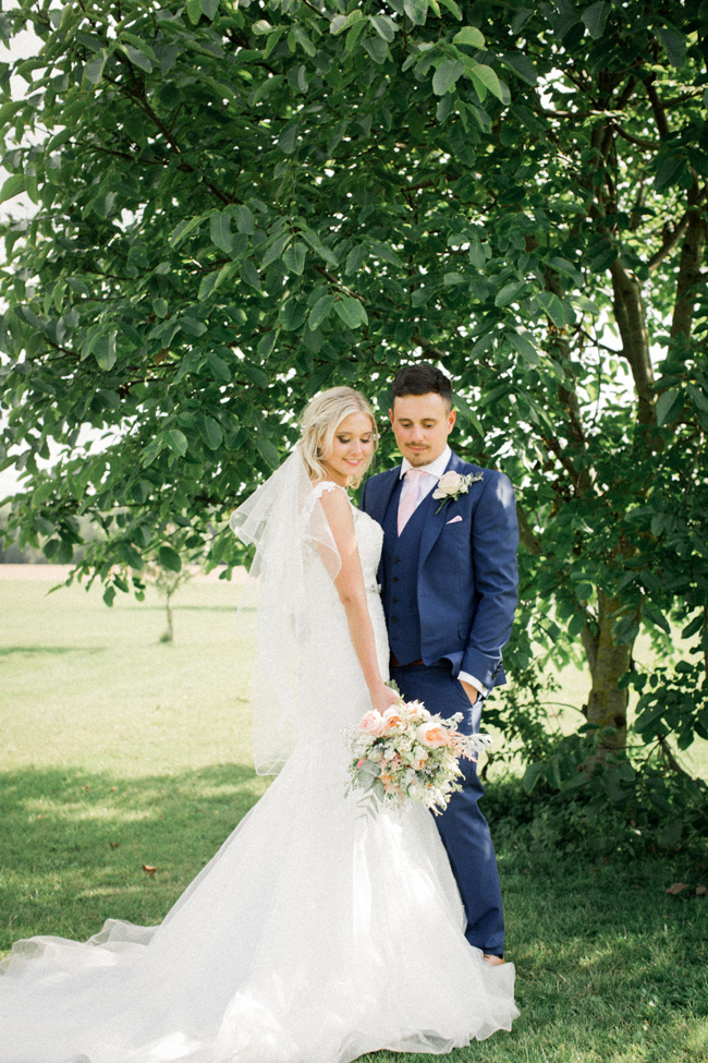 Beautiful Yorkshire wedding with Vivienne Edge Photography (13)