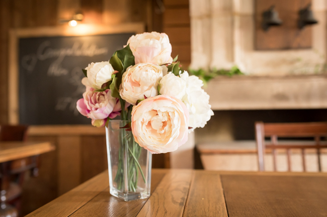 Five Bells Stanbridge wedding on the English Wedding Blog by lovely Becky Harley Photography (5)