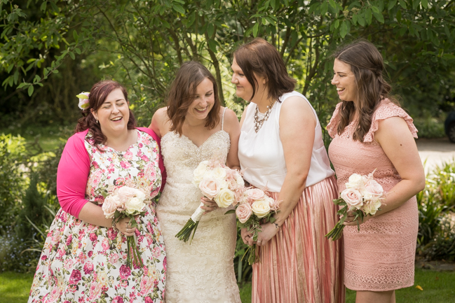 Five Bells Stanbridge wedding on the English Wedding Blog by lovely Becky Harley Photography (13)