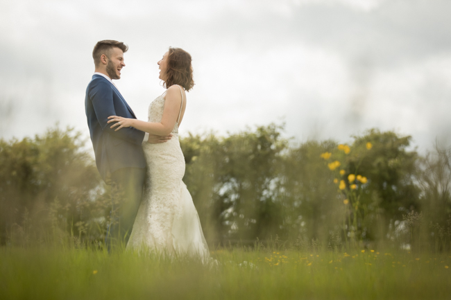 Five Bells Stanbridge wedding on the English Wedding Blog by lovely Becky Harley Photography (17)