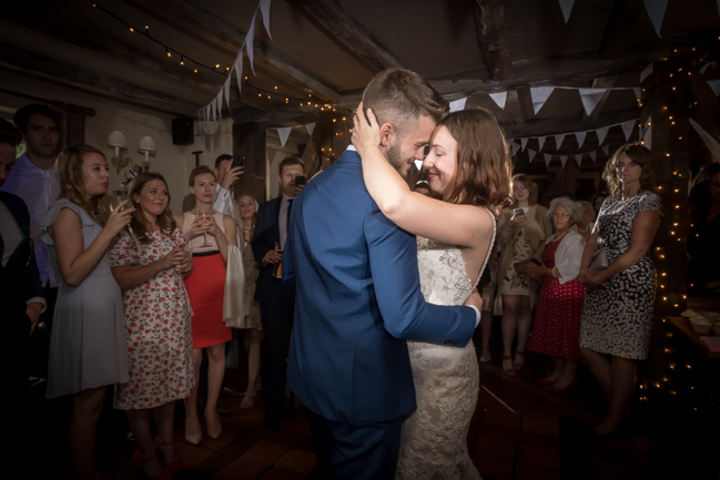 Five Bells Stanbridge wedding on the English Wedding Blog by lovely Becky Harley Photography (30)
