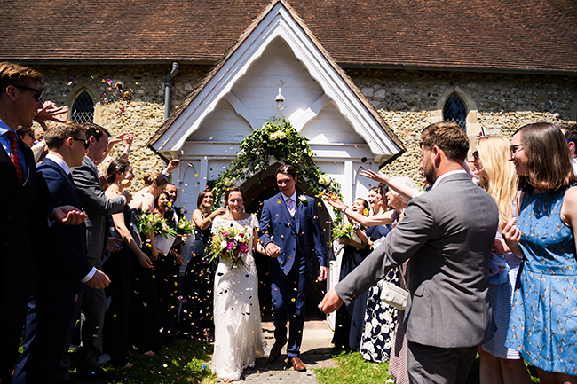 A beautiful picnic style English summer wedding with images by Amanda Forman Photography (7)
