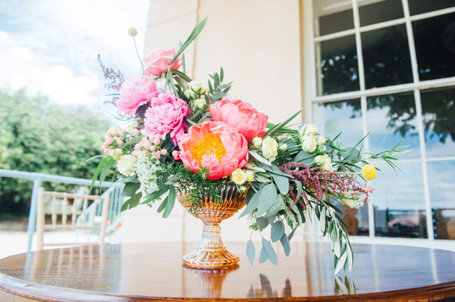 Stunning vibrant florals for a Welsh wedding with Jake Morley Photography (17)