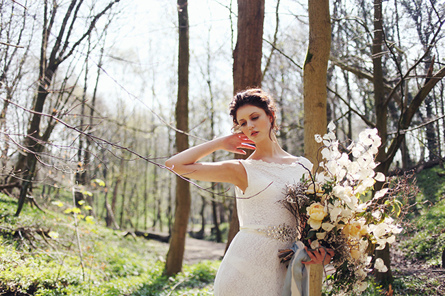 Woodland fairytale wedding with butterflies on the English Wedding Blog. Photo credit: Nina Pang (4)