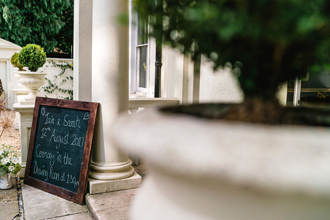 The perfect intimate wedding in Hampshire with Lemontree Photography (32)