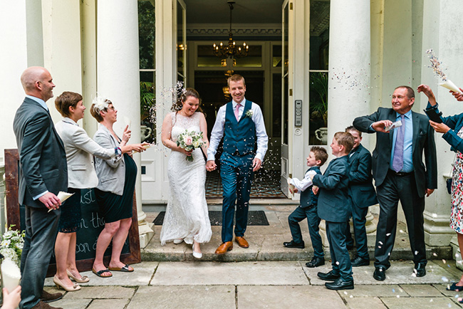The perfect intimate wedding in Hampshire with Lemontree Photography (21)