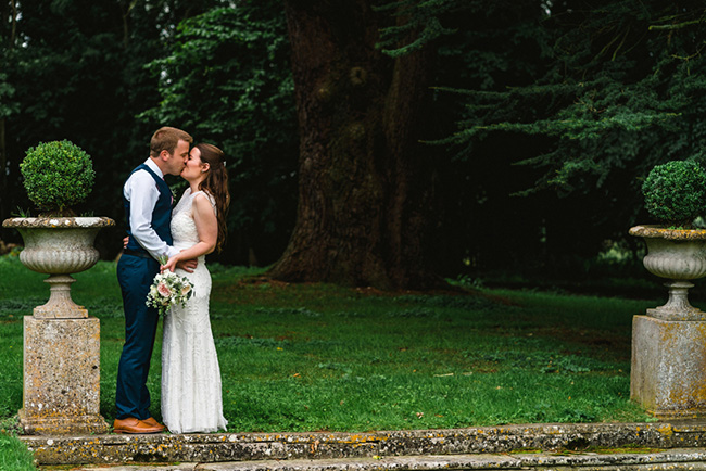 The perfect intimate wedding in Hampshire with Lemontree Photography (20)