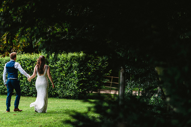 The perfect intimate wedding in Hampshire with Lemontree Photography (17)