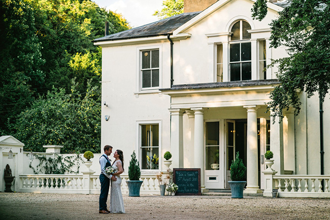 The perfect intimate wedding in Hampshire with Lemontree Photography (7)