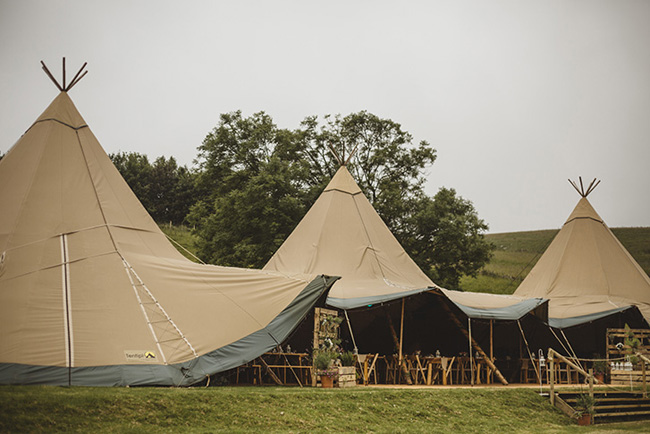 Tipis and sparkle with pretty summer florals for an Ashover wedding with Kindred Photography (7)