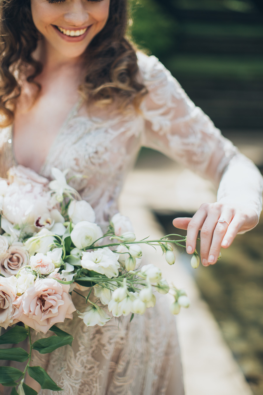 Belle Epoque wedding style inspiration with Wedhead, image credit Elina Sazonova Photography (8)