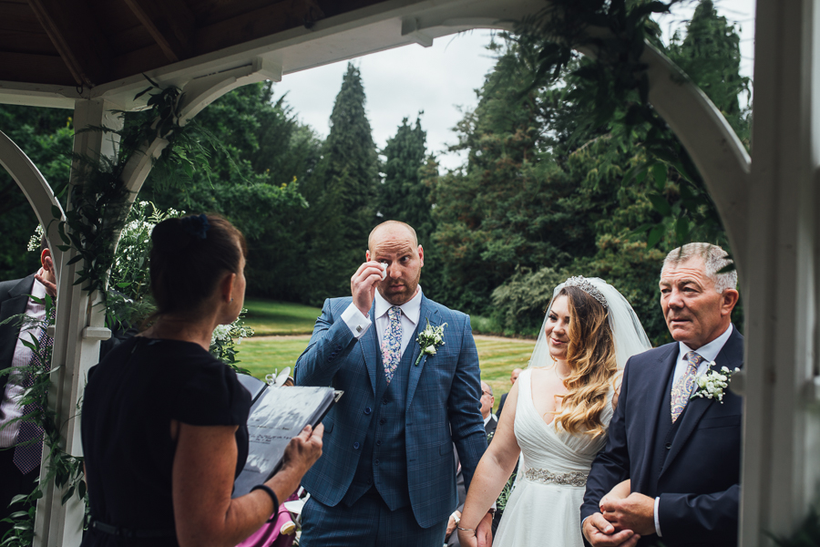 Elegant Kent wedding at Rowhill Grange with The Struths (18)