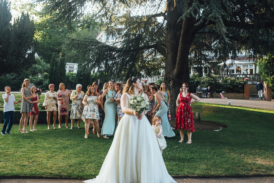 Elegant Kent wedding at Rowhill Grange with The Struths (3)
