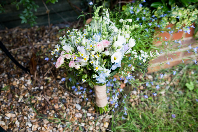 Gorgeous summer florals for a Pendley Manor wedding with Nicola Norton Photography (3)
