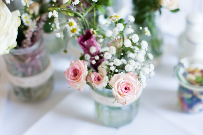 Gorgeous summer florals for a Pendley Manor wedding with Nicola Norton Photography (25)