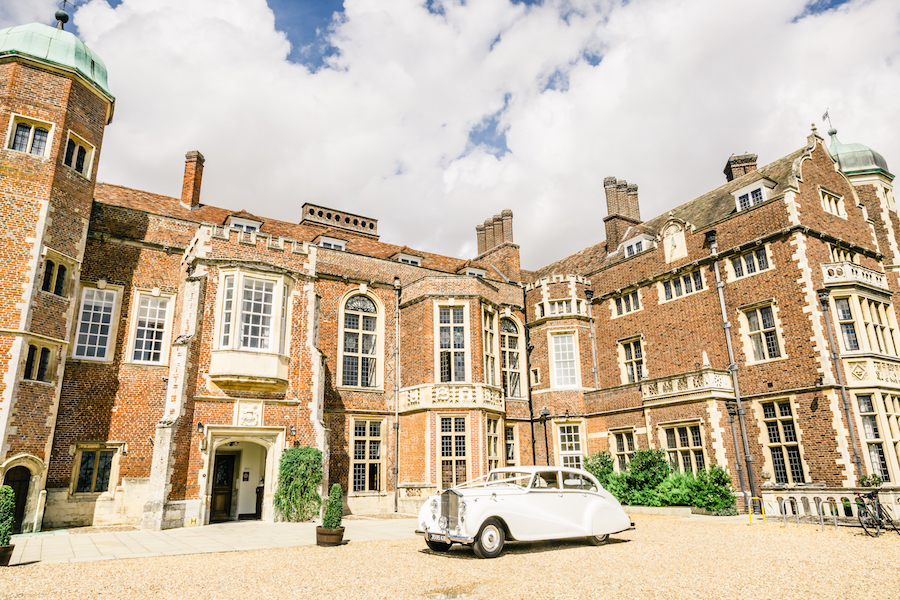 Elegant and fun Madingley Hall wedding with Ayshea Goldberg Photography (22)