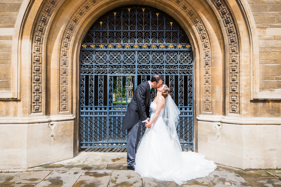 Elegant and fun Madingley Hall wedding with Ayshea Goldberg Photography (14)