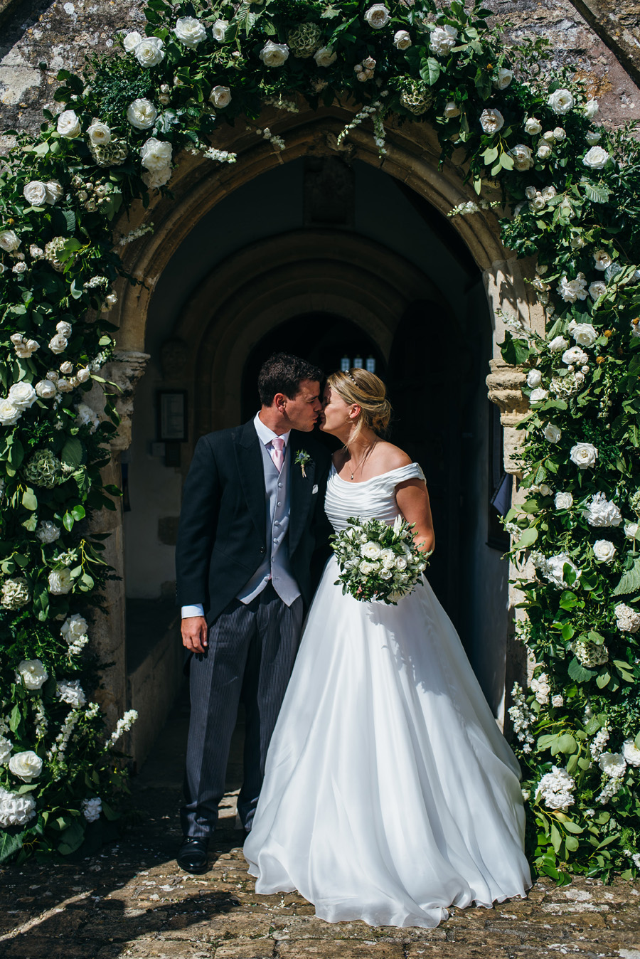Florals by Foxy Buds for a beautiful English wedding near Bath, image credit Simon Biffen Photography (6)
