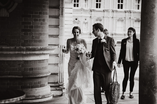 Classic elegance for a Royal Holloway wedding with Dale Stephens Photography (9)